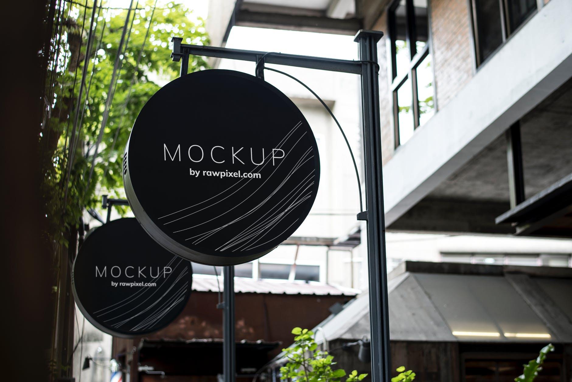 round black mockup signage